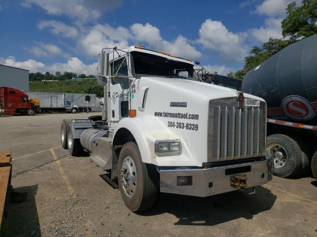 Salvage cars for sale from Copart West Mifflin, PA: 2014 Kenworth Construction