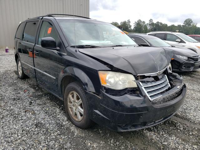 2A4RR5D19AR289524-2010-chrysler-minivan