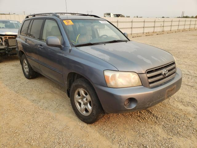 Salvage cars for sale from Copart Anderson, CA: 2004 Toyota Highlander