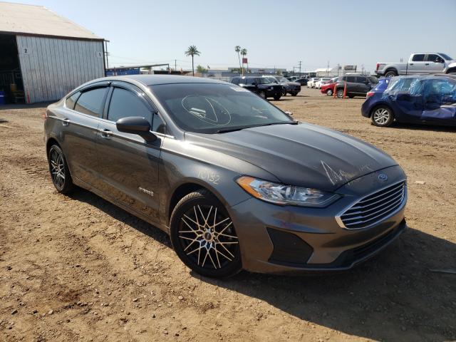 Salvage cars for sale at Phoenix, AZ auction: 2019 Ford Fusion SE