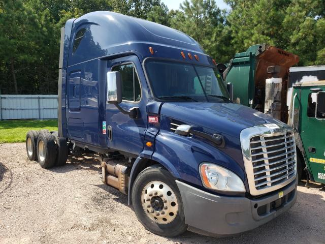 Salvage cars for sale from Copart Charles City, VA: 2015 Freightliner Cascadia 1