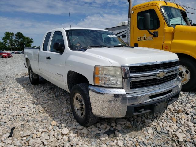 Salvage trucks for sale at Dunn, NC auction: 2010 Chevrolet Silverado
