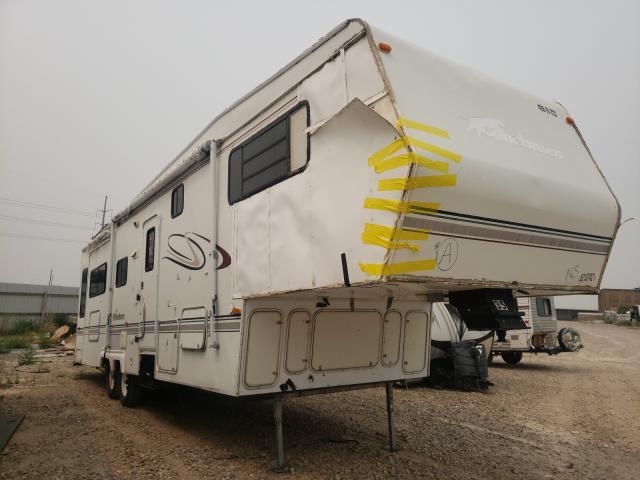 Coachmen Vehiculos salvage en venta: 2000 Coachmen Fifthwheel