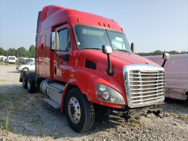 Salvage cars for sale from Copart Spartanburg, SC: 2014 Freightliner Cascadia 1