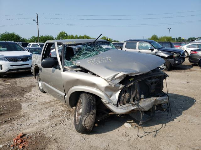 Salvage cars for sale from Copart Indianapolis, IN: 2001 Chevrolet S Truck S1