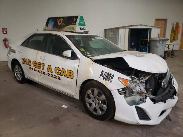 Salvage 2014 TOYOTA CAMRY - Small image. Lot 46937481