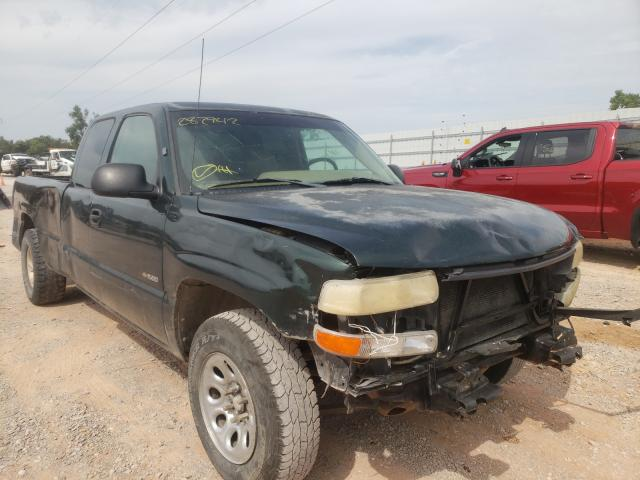 Salvage trucks for sale at Oklahoma City, OK auction: 2001 Chevrolet Silverado