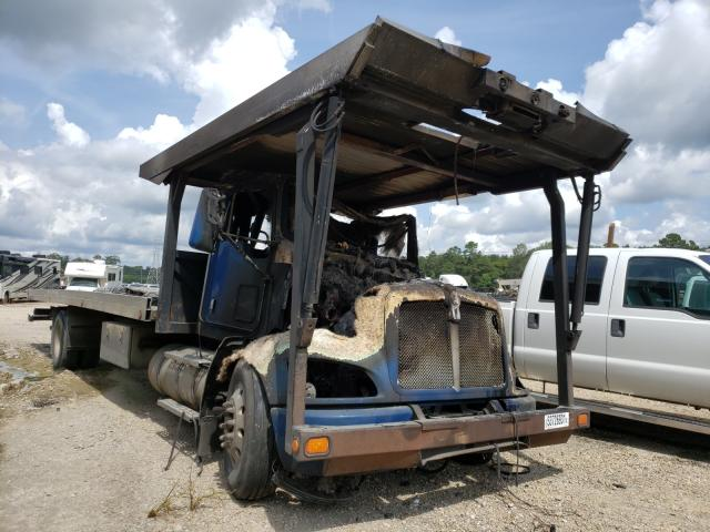 Salvage trucks for sale at Greenwell Springs, LA auction: 2011 Kenworth Construction