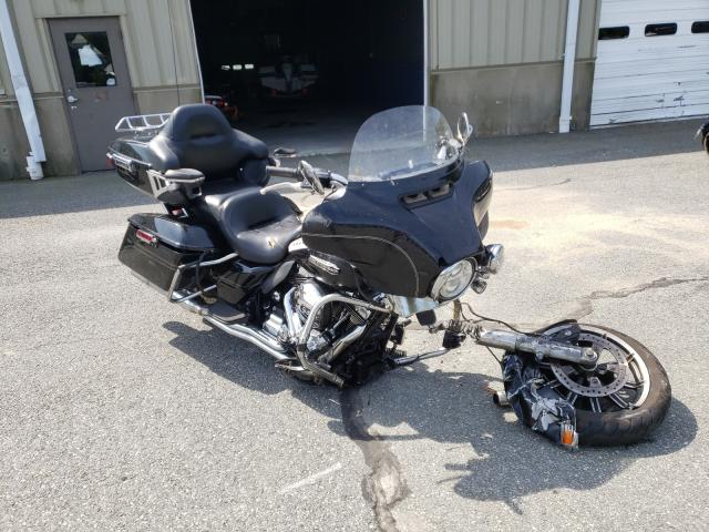 Salvage cars for sale from Copart Exeter, RI: 2016 Harley-Davidson Flhtcu ULT