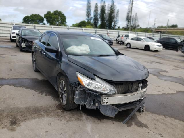 Salvage cars for sale from Copart Miami, FL: 2017 Nissan Altima 2.5