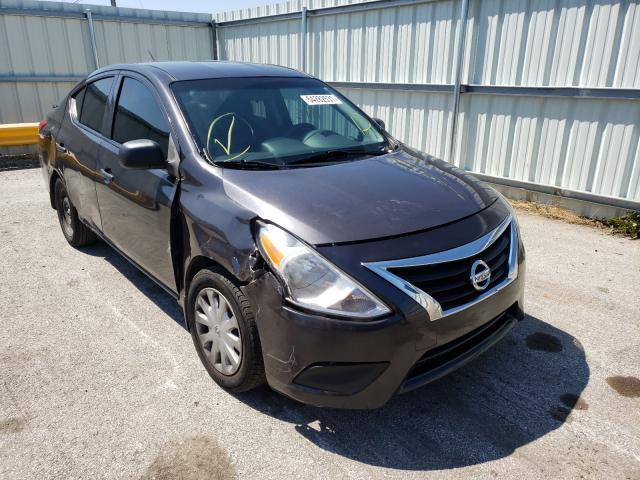 Vehiculos salvage en venta de Copart Dyer, IN: 2015 Nissan Versa S