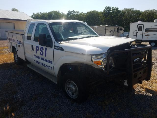 Salvage cars for sale from Copart Avon, MN: 2011 Ford F350 Super