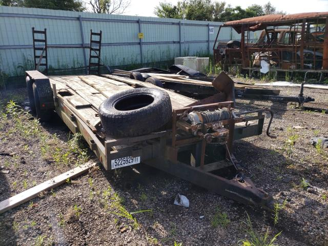 Salvage cars for sale from Copart Pekin, IL: 2000 Trail King Trailer