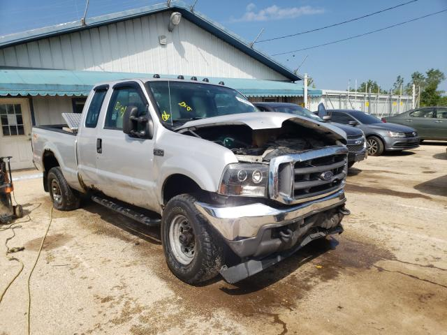 Salvage cars for sale from Copart Pekin, IL: 2004 Ford F250 Super