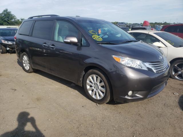 Vehiculos salvage en venta de Copart Brookhaven, NY: 2013 Toyota Sienna XLE