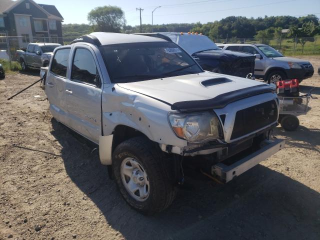 Salvage cars for sale from Copart Madison, WI: 2010 Toyota Tacoma DOU