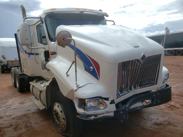 Salvage trucks for sale at Longview, TX auction: 2000 International 9200 9200I