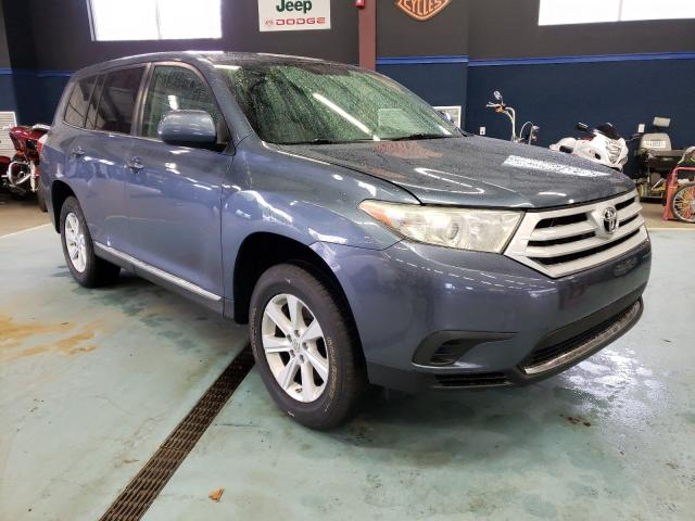 Salvage cars for sale at East Granby, CT auction: 2013 Toyota Highlander