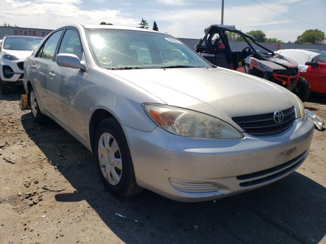 Salvage cars for sale at Cudahy, WI auction: 2004 Toyota Camry LE