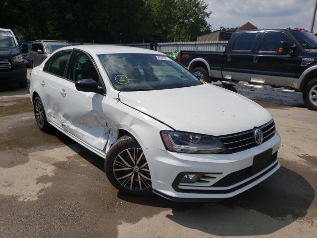 Salvage cars for sale from Copart Glassboro, NJ: 2018 Volkswagen Jetta SE