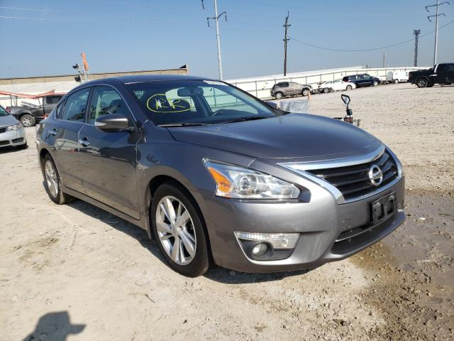 Salvage cars for sale from Copart Columbus, OH: 2015 Nissan Altima 2.5