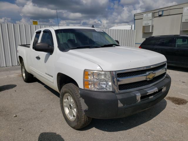 Salvage trucks for sale at Prairie Grove, AR auction: 2010 Chevrolet Silverado