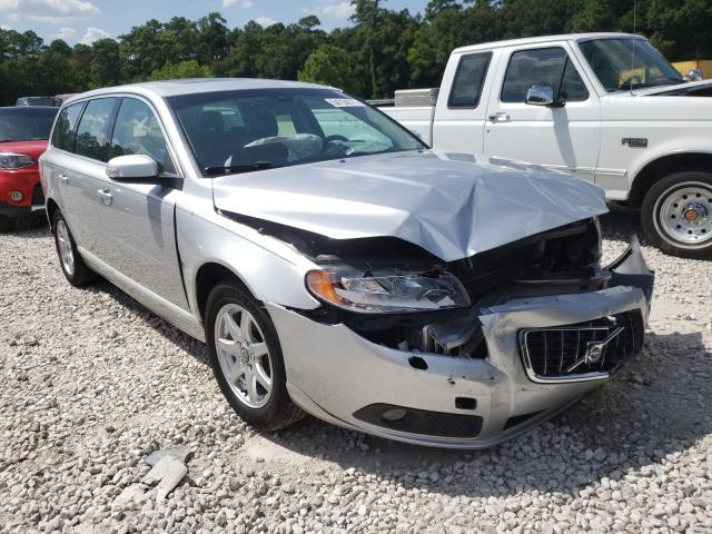 Salvage cars for sale from Copart Houston, TX: 2009 Volvo V70 3.2