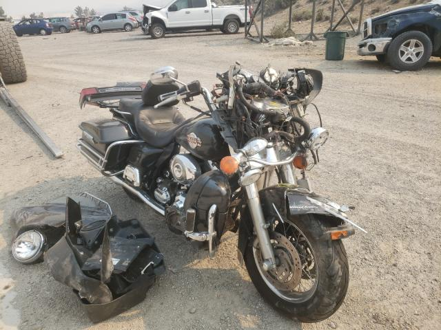 Salvage cars for sale from Copart Reno, NV: 2007 Harley-Davidson Flhtcui