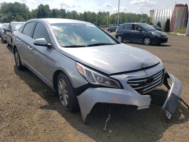 Vehiculos salvage en venta de Copart East Granby, CT: 2015 Hyundai Sonata SE