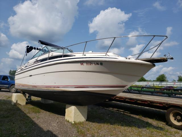 Salvage boats for sale at Davison, MI auction: 1984 Sea Ray Boat