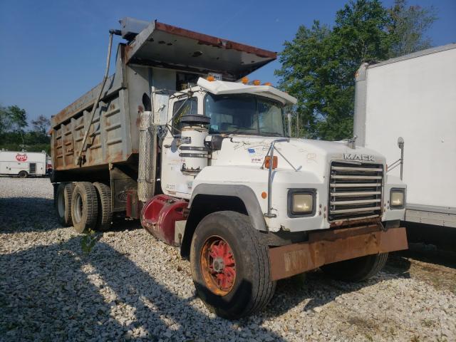 1997 Mack 600 RD600 en venta en West Warren, MA