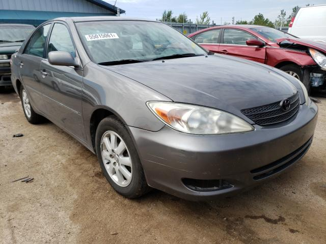 Salvage cars for sale from Copart Pekin, IL: 2004 Toyota Camry LE