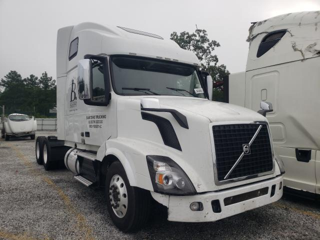 Salvage cars for sale from Copart Loganville, GA: 2013 Volvo VN VNL