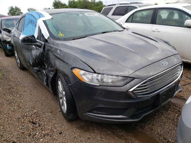 Salvage cars for sale from Copart Pekin, IL: 2017 Ford Fusion SE
