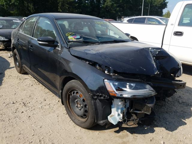 Salvage cars for sale from Copart Billerica, MA: 2017 Volkswagen Jetta SE