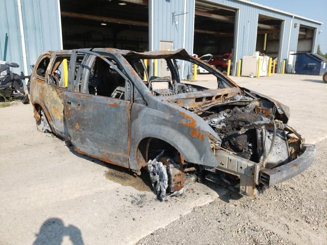 Salvage cars for sale from Copart Eldridge, IA: 2013 Chrysler Town & Country