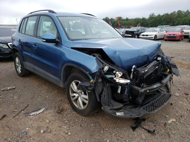 Salvage cars for sale from Copart Grantville, PA: 2017 Volkswagen Tiguan S