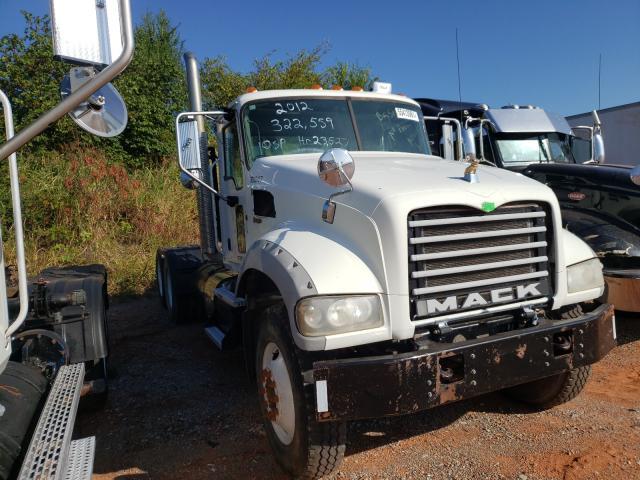 Salvage trucks for sale at Oklahoma City, OK auction: 2013 Mack 700 GU700