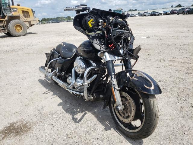 Salvage cars for sale from Copart Apopka, FL: 2013 Harley-Davidson Flhx Street