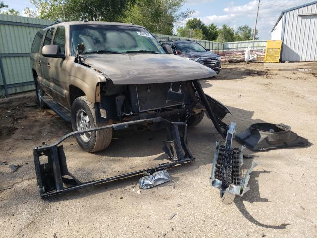 Salvage cars for sale from Copart Pekin, IL: 2003 Chevrolet Suburban C