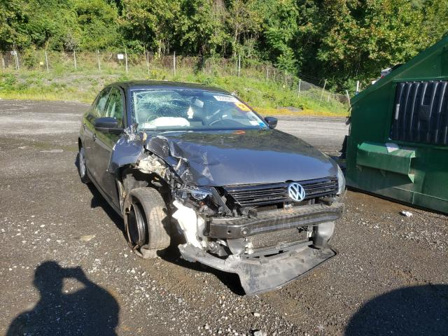 Salvage cars for sale from Copart Marlboro, NY: 2014 Volkswagen Jetta Base