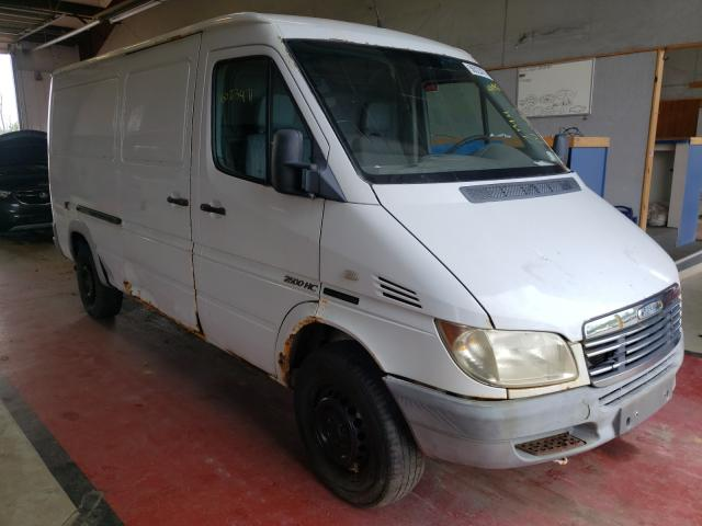 Salvage cars for sale from Copart Angola, NY: 2003 Sprinter 2500 Sprin
