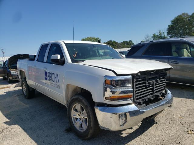 Salvage cars for sale from Copart Milwaukee, WI: 2018 Chevrolet Silverado