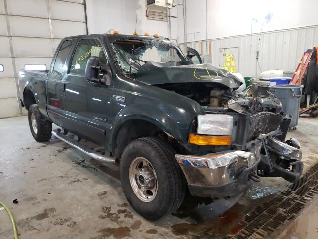 Vehiculos salvage en venta de Copart Columbia, MO: 2001 Ford F250 Super