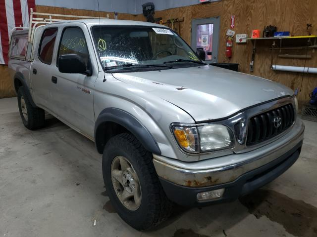 Salvage cars for sale from Copart Kincheloe, MI: 2002 Toyota Tacoma DOU