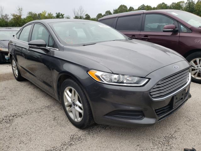 Salvage cars for sale from Copart Milwaukee, WI: 2016 Ford Fusion SE