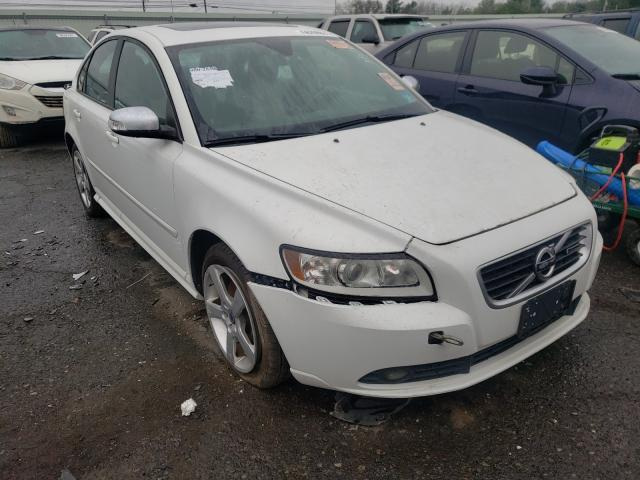 Salvage cars for sale from Copart Pennsburg, PA: 2011 Volvo S40 T5
