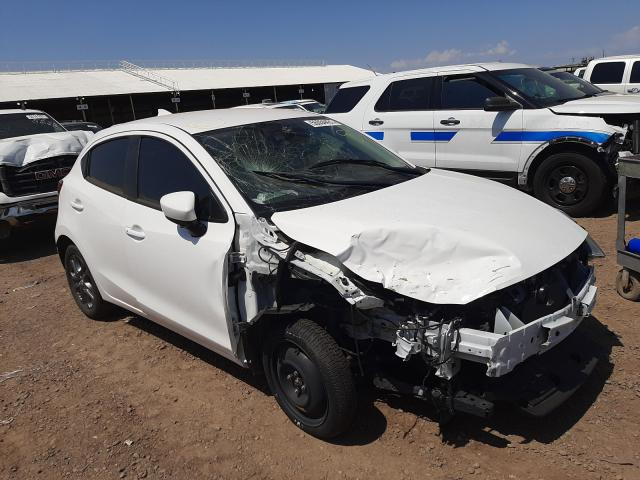 Salvage cars for sale from Copart Phoenix, AZ: 2020 Toyota Yaris LE