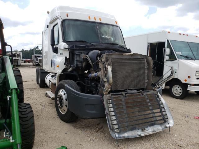 2013 Freightliner Cascadia 1 for sale in Greenwell Springs, LA