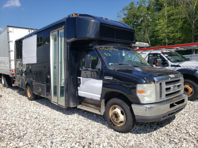 Salvage trucks for sale at Warren, MA auction: 2009 Ford Econoline